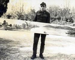 Sanatçı askerlik hizmeti sırasında da eserler vermeye devam ediyor.